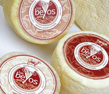 Los Beyos cheese