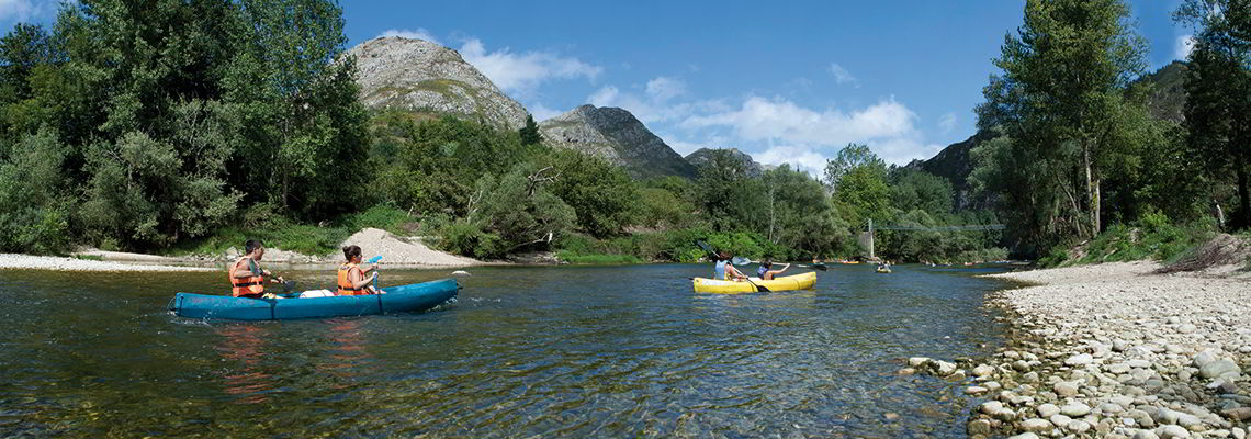 Descending the Sella river in a Canoe