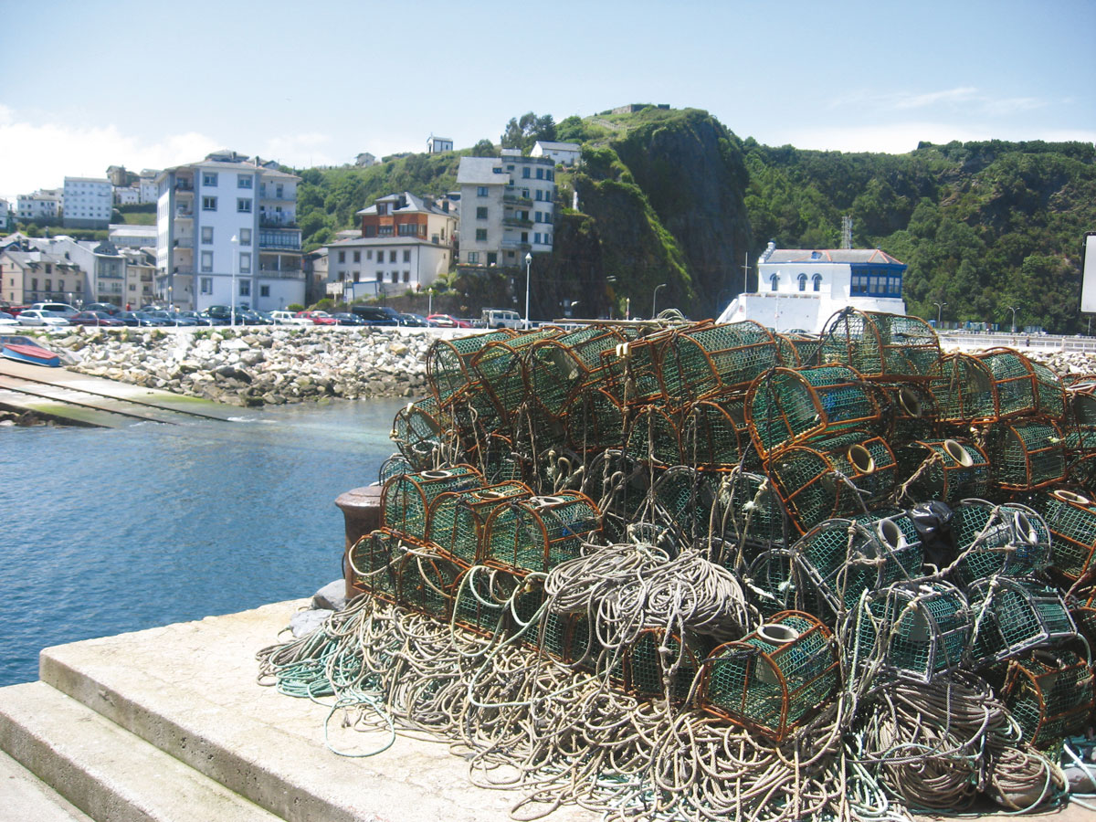 Fishing tools in the port of Luarca