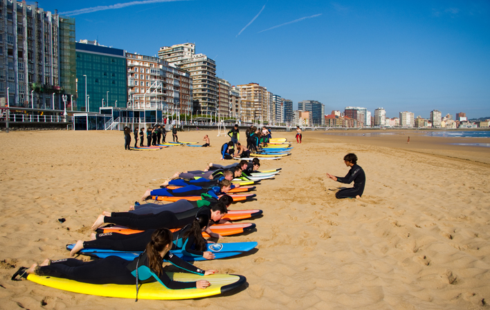 Surf School Gijón local