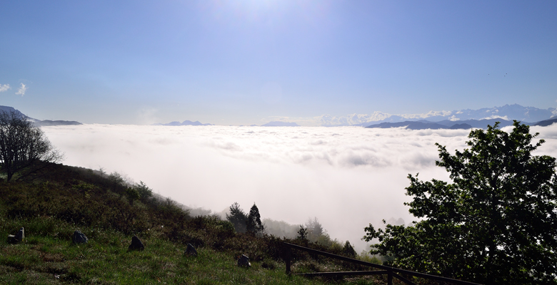 """Sea of clouds"" from Monte Cayón with the Sueve and Picos de Europa in the background"